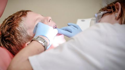 Dónde encontrar un dentista Paterna