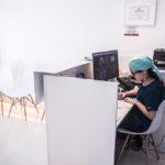 recepcionista clínica dental
